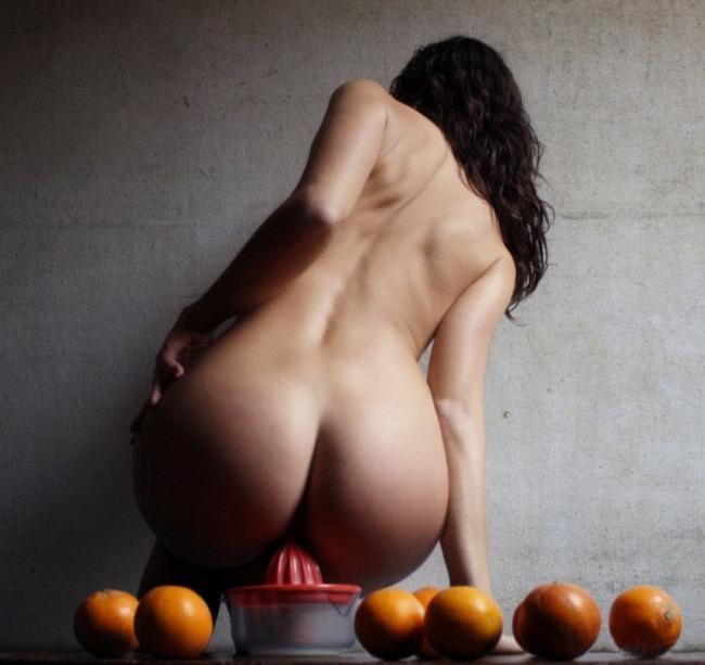 Фото прикол  про раздетых людей, девушек, интимный пошлый