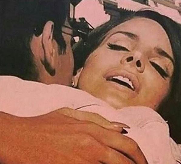 Картинка  интимная циничная