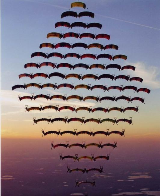 Фото прикол  про парашютистов
