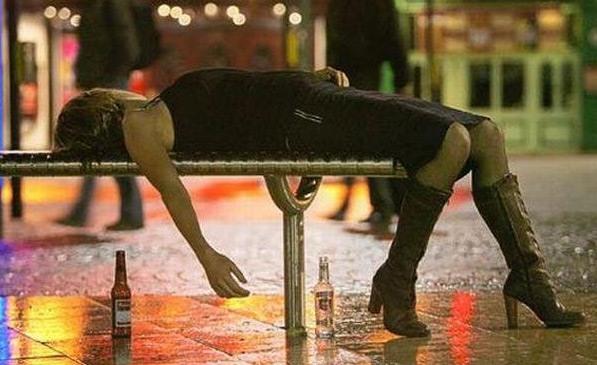 Фото прикол  про девушек и пьяных