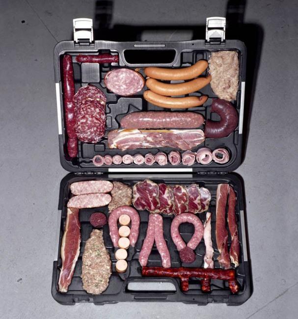 Фото прикол  про колбасу и мясо