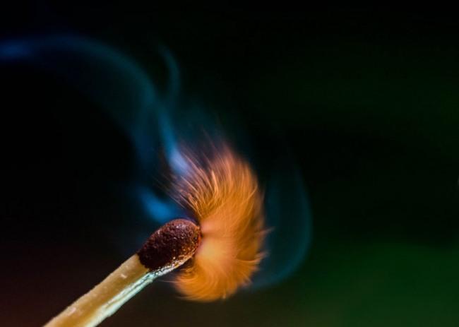 Фото прикол  про спички и огонь