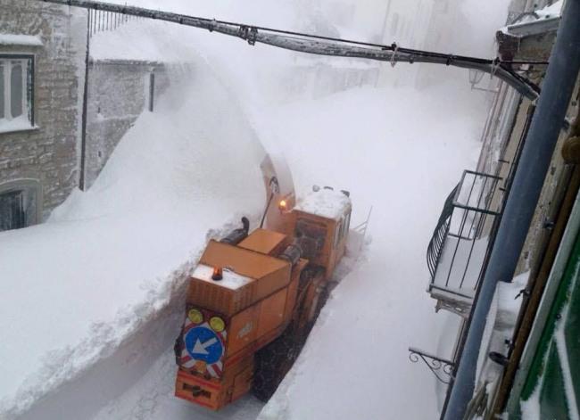 Фото прикол  про снег