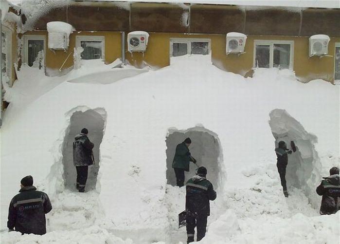 снегом замело картинки прикольные посуточно евпатории отличный