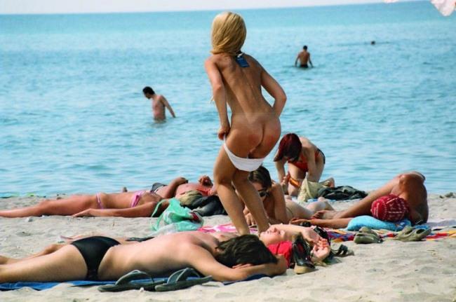Фото прикол  про пляж, задницу пошлый