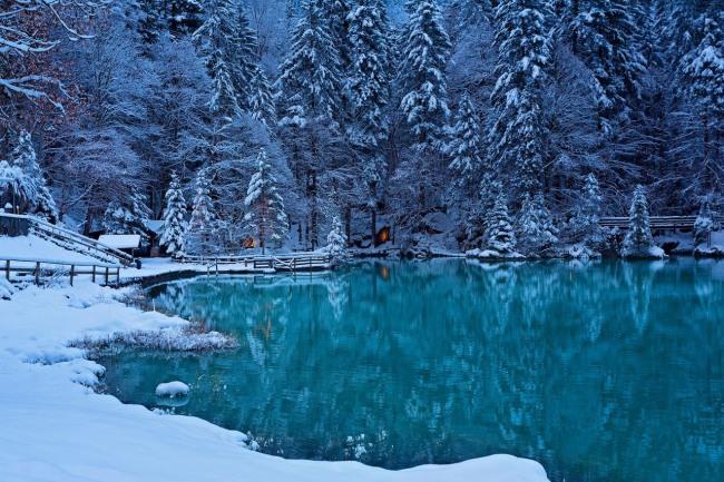 Фото прикол  про зиму и озеро