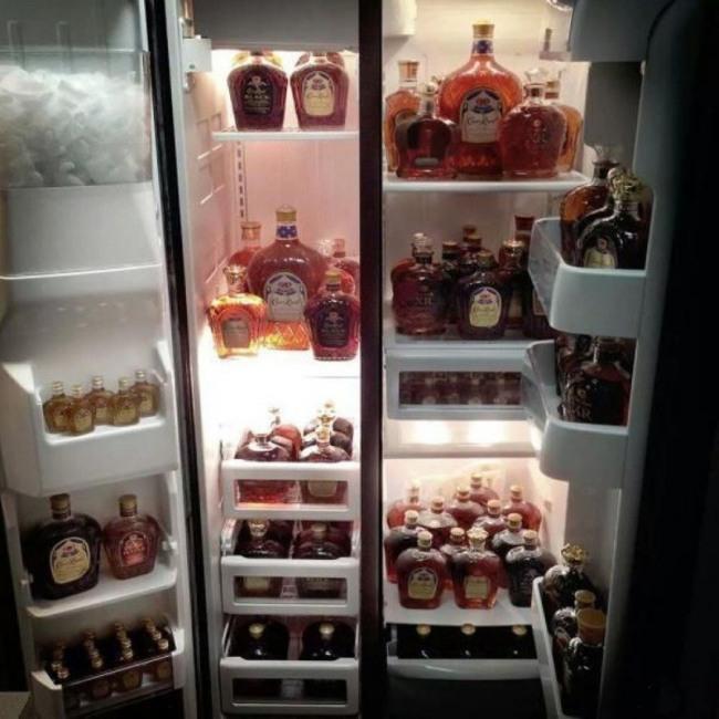 Фото прикол  про виски и холодильник
