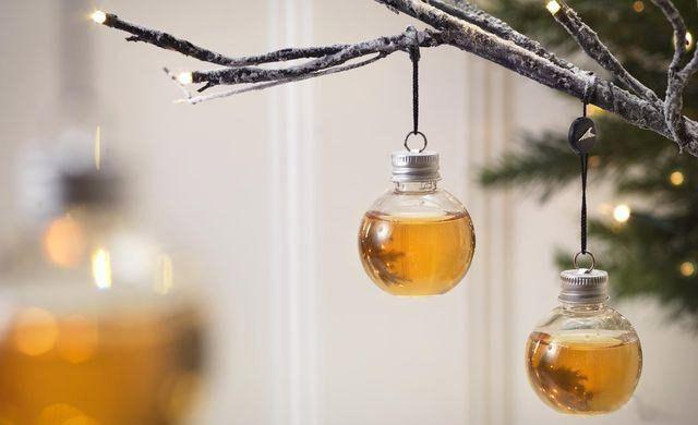 Фото прикол  про ёлку, алкоголь и новый год