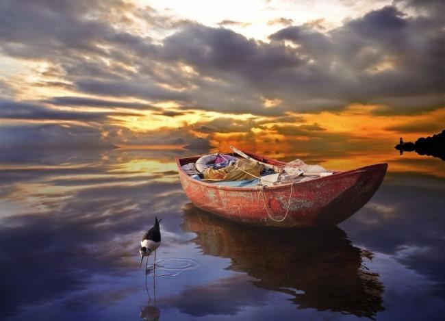 Фото прикол  про лодку и озеро