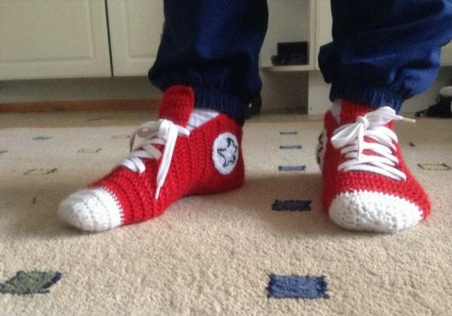 Фото прикол  про носки и шнурки
