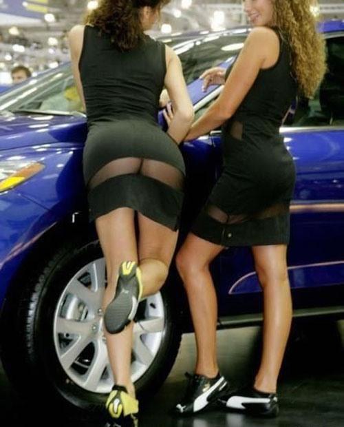 Фото прикол  про платье и задницу