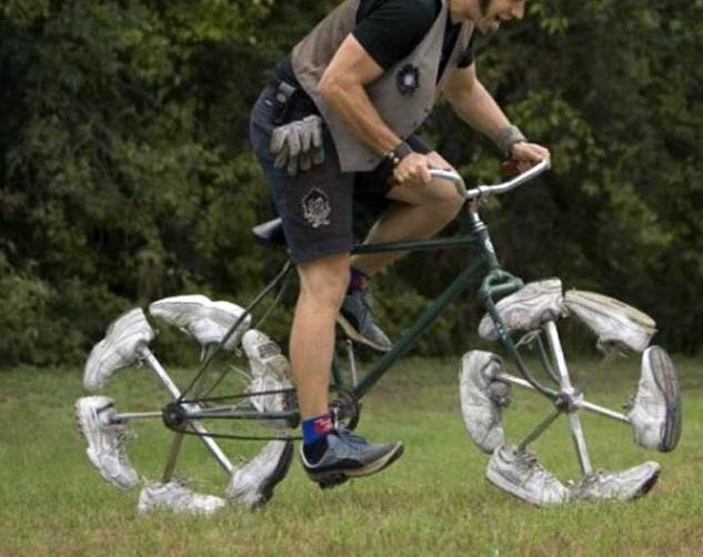 Фото прикол  про велосипед и обувь