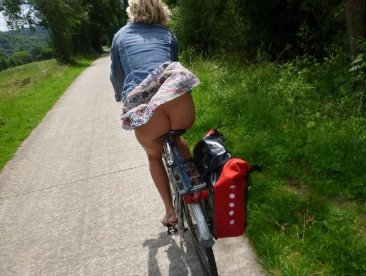 Фото прикол  про ягодицы, велосипедистов пошлый