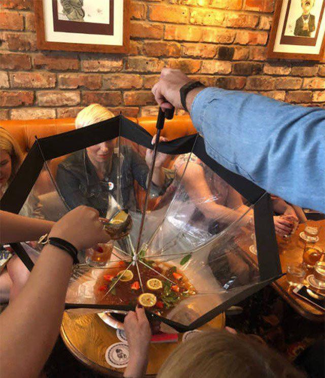 Фото прикол  про зонтик и алкоголь