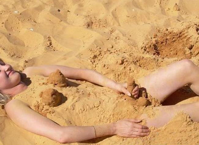 Фото прикол  про девушек, пляж пошлый