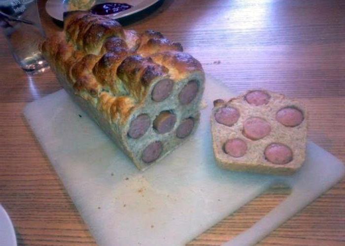Фото прикол  про сосиски и хлеб