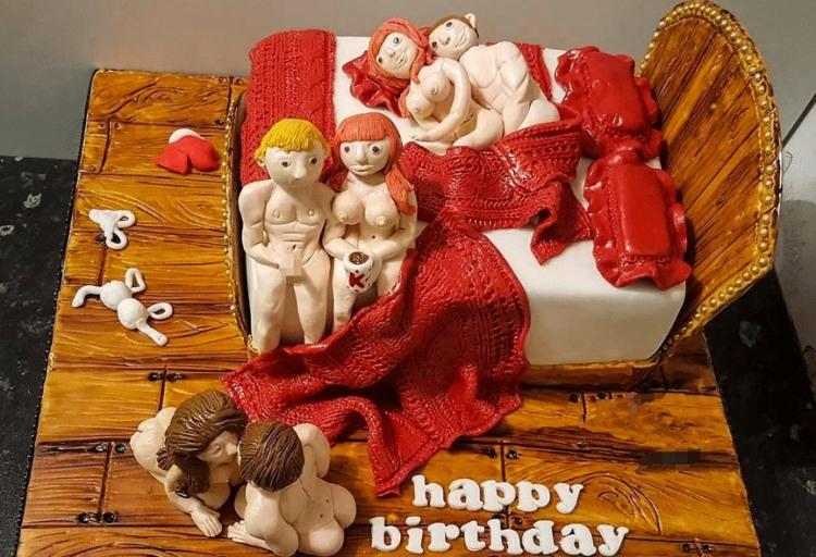 Фото прикол  про торт, групповой секс пошлый