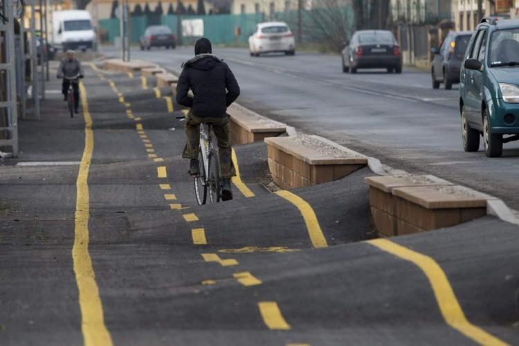 Фото прикол  про дороги и велосипед