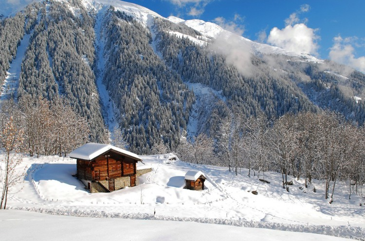 Фото прикол  про мою хату с краю и зиму