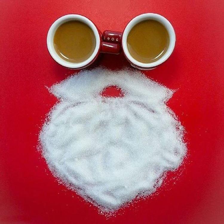 Фото прикол  про кофе, сахар, новый год игра воображения
