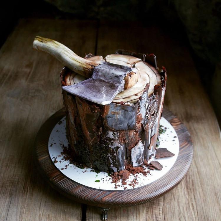 Фото прикол  про торт и топор