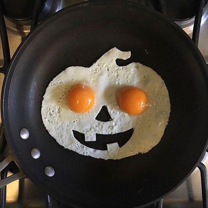 Фото прикол  про яйца и хэллоуин