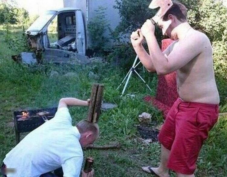 Фото прикол  про дрова, идиотов черный