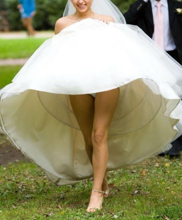 Фото прикол  про невесту, засветы пошлый