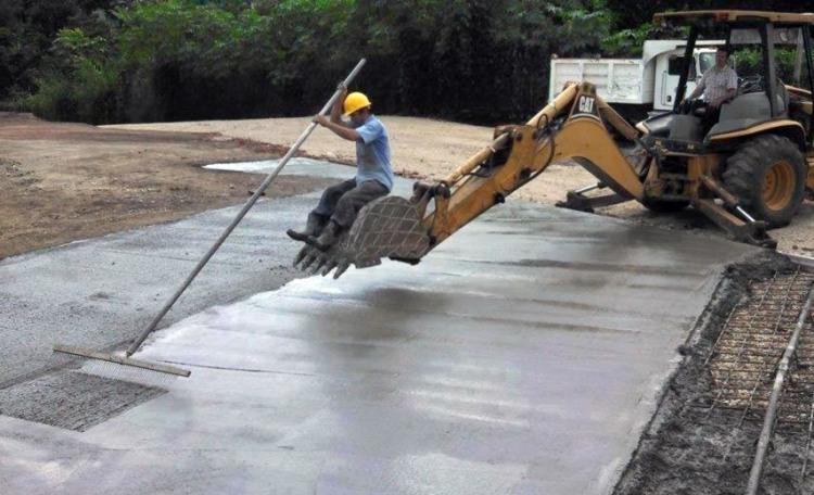 Фото прикол  про строителей
