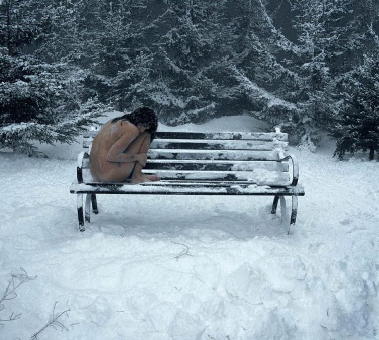 Фото прикол  про девушек, раздетых людей, холод пошлый