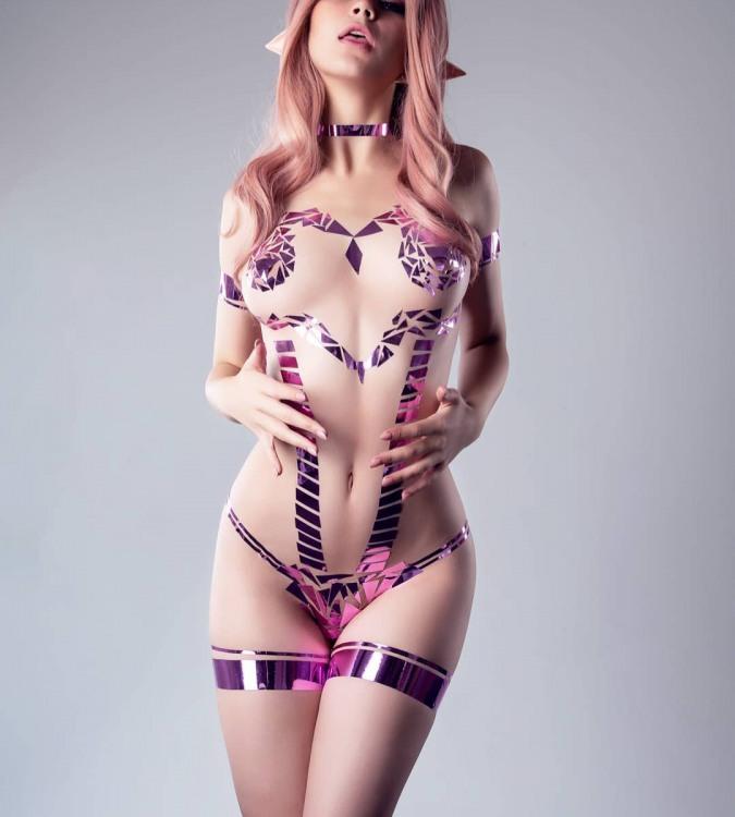 Фото прикол  про бикини, стикини и эротику