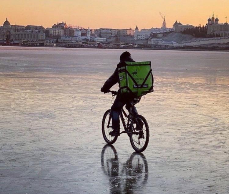 Фото прикол  про велосипедистов, лед и зиму