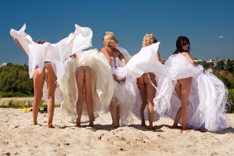 Фото прикол  про невесту, задницу пошлый